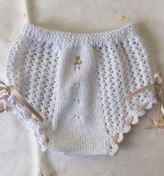 Blog Abuela Encarna Knitting Stitches, Baby Knitting, Baby Girl Crochet, Baby Pants, Toddler Girl Dresses, Knit Patterns, Short Skirts, Baby Dress, Boho Shorts