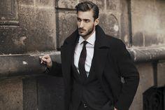Trajes elegantes para el invierno y los negocios