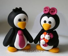Custom Penguin Love Bride and Groom~~ just makes me smile