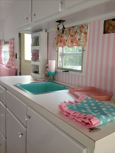Tillie the Trailer - I want one that's decorated just like this!
