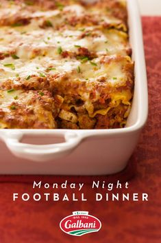 When you're gearing up for a weeknight kick off, you need a dinner that delivers. Keep the whole team happy by serving up Meatball Lasagna. Casserole Dishes, Casserole Recipes, Pasta Recipes, Beef Recipes, Dinner Recipes, Cooking Recipes, One Pot Meals, Main Meals, Cake
