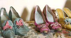 Chaussures d emariage inspirée par M-A!      http://weddinginspirasi.kopiblog.com/wp-content/uploads/2009/09/manolo_blahnik_antoinette.jpg