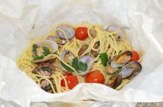 » Spaghetti alle vongole al cartoccio - Ricetta Spaghetti alle vongole al cartoccio di Misya