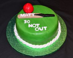 Cricket themed cake…for dad's 35th bday