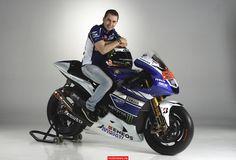 MOTO GP 2013 - NEW YAMAHA LORENZO N°99 MONSTER ENERGY