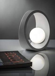 LED aluminium table lamp TENUE by @ilide #design nicolò gessa