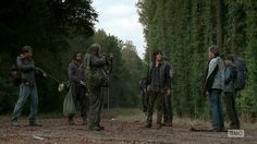 walking dead the grove | walking-dead-saison-4-episode-13-daryl