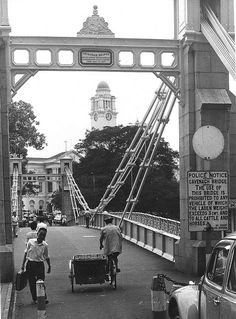 The Singapore River Bridge 1960s. THE LIBYAN Esther Kofod www.estherkofod.com