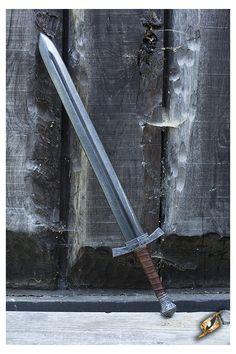 Footman Medium Sword