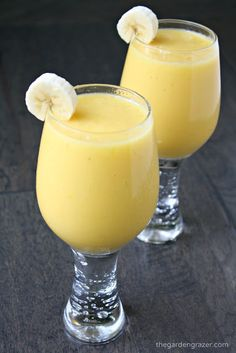 AMAZING - my favorite smoothie yet!! Sweet, slightly creamy, and filled with banana, mango, and pineapple, the smell alone transports me to a tropical island! | thegardengrazer.com | #vegan #gf
