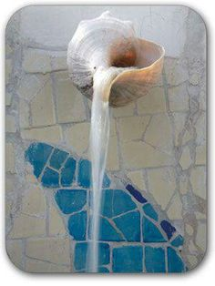 Seashell water spout, awesome!