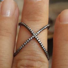 18k Black Gold / 925 Sterling Silver Topaz Crystal X Criss Cross sz 7  Ring   #MGK #X #Anytime
