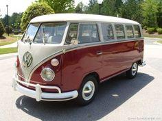 1967 VW Bus. Notice the split pane windshield and towelbar bumper. <3