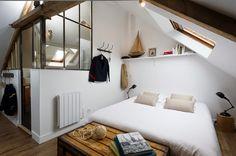 """[Interior] Buhardilla de 32 m² en industrial """"Chic"""