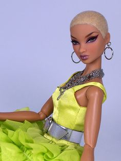 Colette by DivaLuvv, this barbie looks like Amber Rose Beautiful Barbie Dolls, Pretty Dolls, Fashion Royalty Dolls, Fashion Dolls, Diva Dolls, Dolls Dolls, Baby Dolls, Bjd, African American Dolls