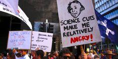 Des marches pour la science à Washington et dans 500villes du monde A l'occasion de la Journée de la Terre, des milliers de scientifiques manifestent contre la remise en cause de leur discipline par l'administrati... http://www.lemonde.fr/sciences/article/2017/04/22/des-marches-pour-la-science-a-washington-et-dans-500-villes-du-monde_5115652_1650684.html?xtor=RSS-3208 Check more at...