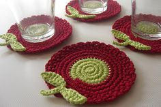 Red, and Green Light Flowers Crochet Coasters Garden Collection  by MJM Crafts, via Flickr Crochet Faces, Crochet Food, Crochet Art, Crochet Patterns, Crochet Potholders, Crochet Doilies, Crochet Coaster, Crochet Home Decor, Graz