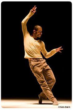 Danse contemporaine :: Nouvelle pièce du chorégraphe Emanuel Gat pour le ballet National de Lorraine :: © Sara Davis