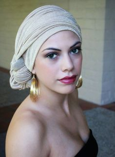 scarf head wrap for cancer patients - Google Search Bandanas, Nagellack Trends, Hair Cover, Turban Style, Turban Hat, Head Wrap Scarf, Head Accessories, Scarf Hairstyles, Headgear