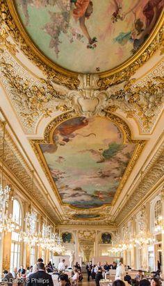 Le case e i palazzi più costosi del mondo hanno dei nomi propri e racchiudono le storie delle celebrità e dei magnati che li possedevano. 1094 Fantastiche Immagini Su Interni Classici Classic Interiors Interni Classici Interni E Classico