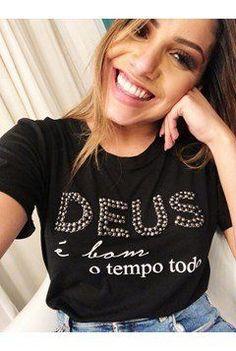896a2fa9c1 40 melhores imagens de Moda Católica Feminina