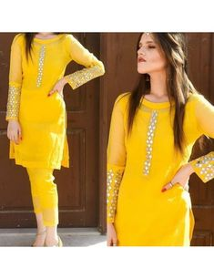 Stylish Dresses For Girls, Stylish Dress Designs, Dresses For Work, Stylish Girl, Simple Kurti Designs, Kurti Neck Designs, Blouse Designs, Simple Pakistani Dresses, Pakistani Dress Design