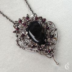 GALERIE ŠPERKŮ | ŠPERKY ZE SOUTĚŽÍ A VÝSTAV | Autorské originální ručně vyrobené šperky s minerály a kameny, cínované šperky