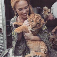 "8,836 mentions J'aime, 86 commentaires - Celina Sinden (@celina_a_sinden) sur Instagram: "" great big squishy kitten"""