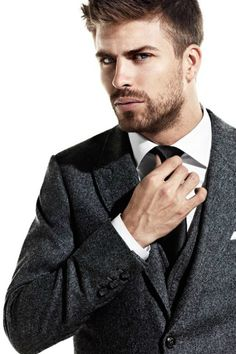 Gerard Piqué --- This shows that I don't exclusively lust after British men.