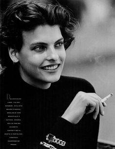 Piace - Vogue Italia (1988) Linda Evangelista by Peter Lindbergh