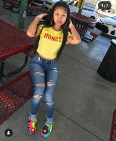 baddie outfits on a budget Swag Outfits For Girls, Teenage Outfits, Cute Outfits For School, Cute Swag Outfits, Teen Fashion Outfits, Dope Outfits, Trendy Outfits, Girl Outfits, Preteen Fashion