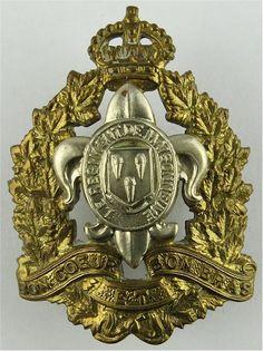 Le Regiment De Maisonneuve Canadian Army Other Ranks' metal cap badge for sale Military Cap, Military Insignia, Canadian Army, British Army, Army Hat, Kings Crown, Commonwealth, Armed Forces, Beret