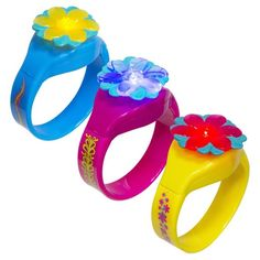 DreamWorks Trolls Hug Time Bracelets from SwimWays are bracelets that light up under water! The lights inside these pool toys are water-activated, adding a fun element for kids as they swim and play. The adorable design of these officially licensed DreamWorks Trolls toys makes them fun to wear out of the water too. Pick up a few for your next kid's pool party as a party favor kids can enjoy all summer long! Includes non-replaceable button cell batteries. Sold individually. Colors and styl...