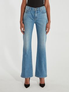 Current/Elliott The High Rise Scooped Jarvis Flare Jean - Love Me Always (Blue) Boyfriend Shirt, Colored Jeans, Jeans Style, Flare Jeans, Chic Outfits, Bell Bottom Jeans, Vintage Inspired, Fashion Dresses, Washed Denim