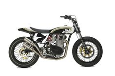Yamaha XS650 Flat Tracker by LE GARAGE DE FÉLIX #motorcycles #flattracker #motos | caferacerpasion.com