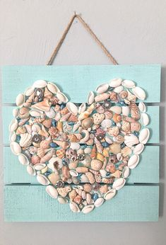 Excited to share this item from my shop: Seashell heart pallet wall hanging Seashell Display, Seashell Art, Seashell Crafts, Crafts With Seashells, Seashell Wind Chimes, Ocean Crafts, Sea Glass Crafts, Beach Crafts, Pallet Wall Hangings