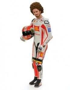 a figurine marco simoncelli posing motogp 2011 16