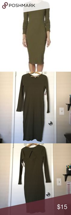 Bongo Jr's Rib Knit BodyCon dress L Make a fashion statement in this juniors' rib knit body-con dress from Bongo. Made with stretchy rib knit, this long-sleeve dress impresses with a surplice back neck and a cutout back design. This dress comes in an Olive green color. Will fit a Medium in women's. BONGO Dresses Long Sleeve