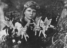 Frances Griffiths with fairies, photographed by Elsie Wright at ...