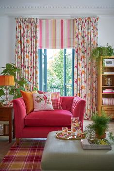 Floral Heritage collection Laura Ashley SS17