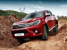 #Nada de #Crise .. #Nova #Toyota #Hilux começa o ano na #frente das concorrentes. Peças e Acessórios para seu carro-> MMParts.com.br