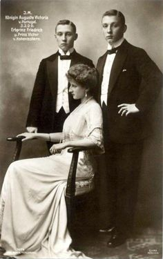 Queen Augusta Victoria of Portugal with her two brothers, Prince Frederick and Prince Franz Joseph of Hohenzollern.