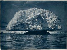 Mushroom ice formation, 1912 / Frank Hurley.