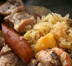 Slow cooker German sausage and sauerkraut in beer