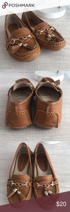 Antonio Melani loafers Tan size 6 Antonio Melani loafers! Worn twice! Great condition! ANTONIO MELANI Shoes Flats & Loafers
