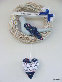 Lovely Decorative Wreath - Dark Blue 'Home<3Sweet<3Home'' Diameter - 20cm Extra Bilateral Heart