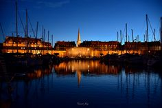 https://flic.kr/p/waQfo3   Saint Malo   Seascape of  the old corsair city of #saintmalo. Night photography with reflection boat and wall.  Tribute to the great St. Malo navigator. #bretagne #france Purchase this photography on #gettyimages