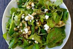 Lentil and Greens Salad with Feta and Pear An easy salad with lentils and greens with a honey dressing sprinkled with feta and walnuts Mediterranean Bean Recipe, Mediterranean Meals, Chickpea And Rice Recipe, Bean Recipes, Healthy Recipes, Green Salad Recipes, Lentil Salad, Thanksgiving Side Dishes, Easy Salads