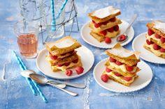 Prachtig Frans gebakje van filodeeg. Recept - Millefeuille met banketbakkersroom en frambozen - Allerhande