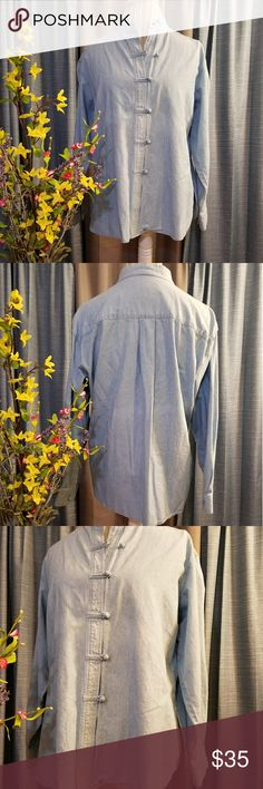🌻🌺🌻J. JILL DENIM BUTTON UP SHIRT!! SIZE:small petite but doesn't fit like a petite.  Can fit a medium as well (my mannequin is a medium for reference)   BRAND:J. Jill   CONDITION:like new, no flaws    COLOR:Blue (best seen in last photo)  This is the cutest shirt! Has slits on the sides.    🌟POSH AMBASSADOR, BUY WITH CONFIDENCE!   🌟CHECK OUT MY OTHER ITEMS TO BUNDLE AND SAVE ON SHIPPING!   🌟OFFERS WELCOME!   🌟FAST SHIPPING! J. Jill Tops